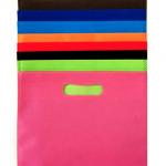 customized-die-cut-handle-non-woven-bag-01